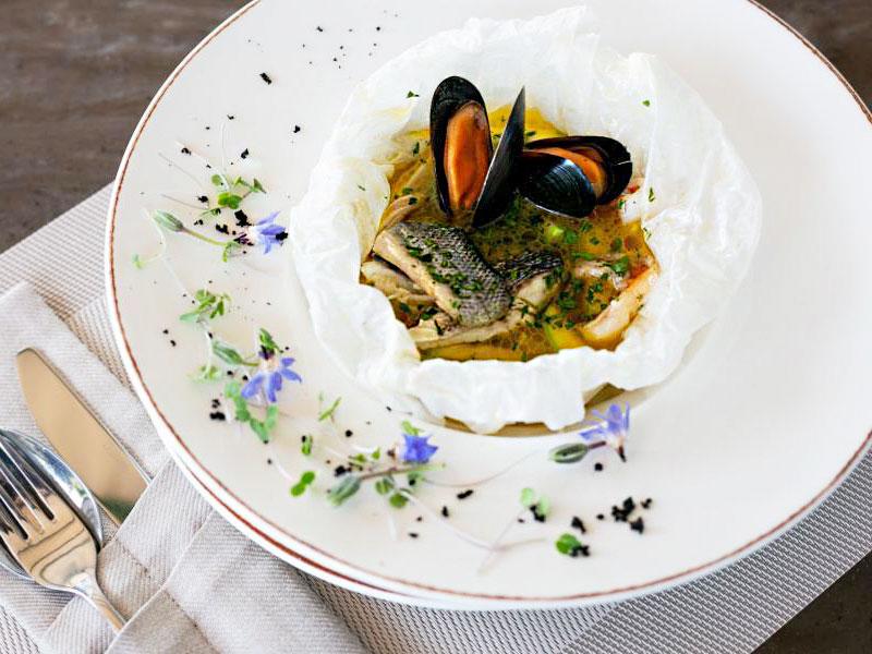 Суп из Сибаса с морепродуктами